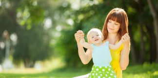 mother and child travel safety